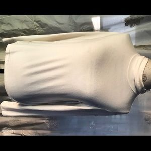 Jones New York ivory polyester turtleneck top
